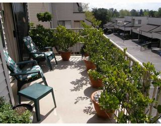 "Photo 2: 209 1220 FALCON Drive in Coquitlam: Upper Eagle Ridge Townhouse for sale in ""EAGLERIDGE TERRACE"" : MLS®# V714209"