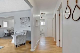Photo 3: 324 Trafford Drive NW in Calgary: Thorncliffe Detached for sale : MLS®# A1140526