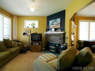 Photo 8: 1117 Wychbury Ave in VICTORIA: Es Saxe Point House for sale (Esquimalt)  : MLS®# 512876