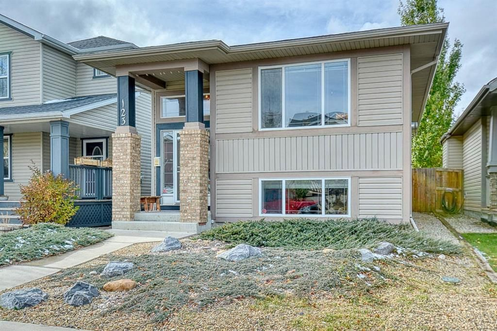 Main Photo: 123 Sagewood Grove SW: Airdrie Detached for sale : MLS®# A1044678
