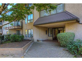 "Photo 18: 303 2150 BRUNSWICK Street in Vancouver: Mount Pleasant VE Condo for sale in ""MT PLEASANT PLACE"" (Vancouver East)  : MLS®# V1031828"