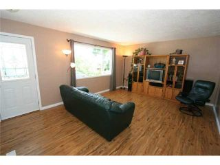 Photo 5: 1111 HUNTERSTON Road NW in CALGARY: Huntington Hills Residential Detached Single Family for sale (Calgary)  : MLS®# C3624233