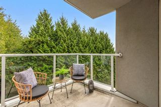 """Photo 16: 304 8450 JELLICOE Street in Vancouver: South Marine Condo for sale in """"Boardwalk"""" (Vancouver East)  : MLS®# R2615136"""