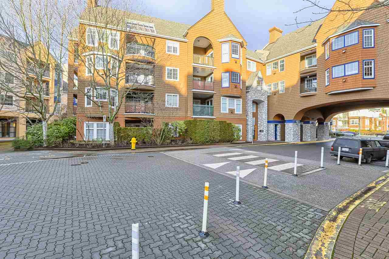 "Main Photo: 208 1369 56 Street in Delta: Cliff Drive Condo for sale in ""WINDSOR WOODS"" (Tsawwassen)  : MLS®# R2030028"
