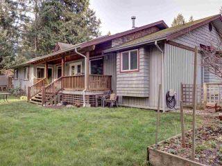 Photo 2: 5430 EUREKA Road in Halfmoon Bay: Halfmn Bay Secret Cv Redroofs House for sale (Sunshine Coast)  : MLS®# R2439401