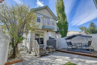 Photo 2: 400 53 Avenue SW in Calgary: Windsor Park Semi Detached for sale : MLS®# A1150356