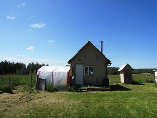Photo 15: 3941 247 Road in Kiskatinaw: BCNREB Out of Area Manufactured Home for sale (Fort St. John (Zone 60))  : MLS®# R2327027