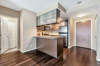 """Photo 6: 3009 892 CARNARVON Street in New Westminster: Downtown NW Condo for sale in """"AZURE 2"""" : MLS®# R2531047"""
