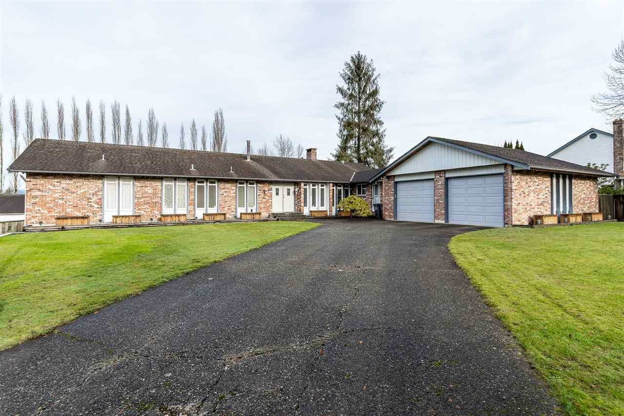 Main Photo: 7507 185 Street in Surrey: Clayton House for sale (Cloverdale)  : MLS®# R2528289