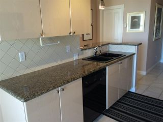 """Photo 8: 507 160 E 13TH Street in North Vancouver: Central Lonsdale Condo for sale in """"The Grande"""" : MLS®# R2103346"""