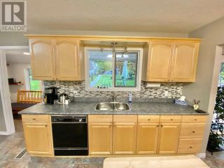 Photo 12: 3932 LOLOFF CRESCENT in Quesnel: House for sale : MLS®# R2625453