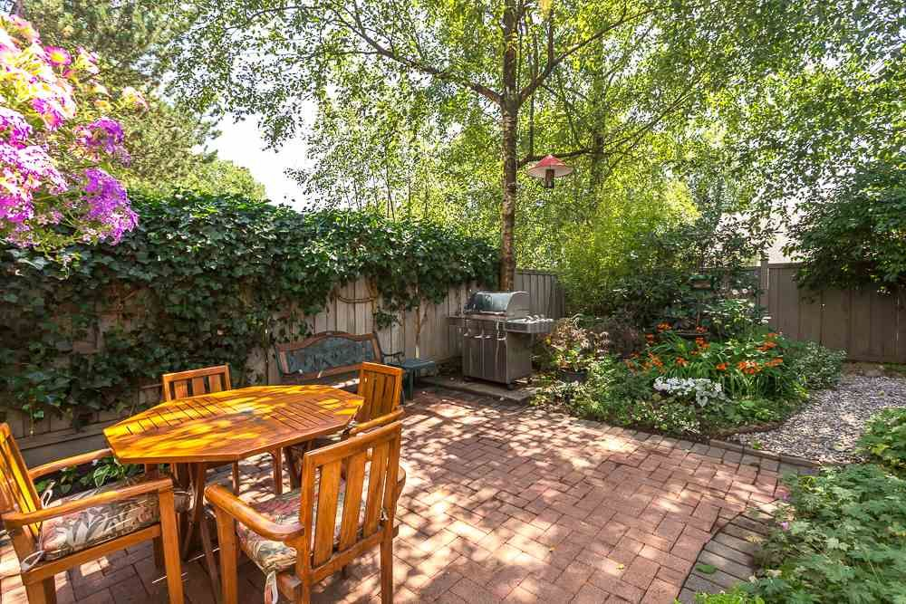 """Main Photo: 3476 DARTMOOR Place in Vancouver: Champlain Heights Townhouse for sale in """"MOORPARK"""" (Vancouver East)  : MLS®# R2096126"""