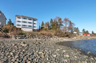 Photo 32: 2 553 S Island Hwy in Campbell River: CR Campbell River Central Condo for sale : MLS®# 869697