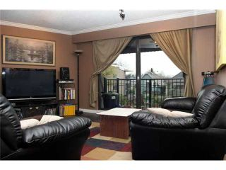 """Photo 2: 306 2222 CAMBRIDGE Street in Vancouver: Hastings Condo for sale in """"THE CAMBRIDGE"""" (Vancouver East)  : MLS®# V820038"""