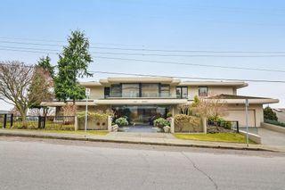 Photo 1: 201 15050 PROSPECT Avenue: White Rock Condo for sale (South Surrey White Rock)  : MLS®# R2135776