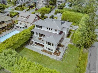 Photo 38: 2302 LAWSON AVENUE in West Vancouver: Dundarave House for sale : MLS®# R2492201