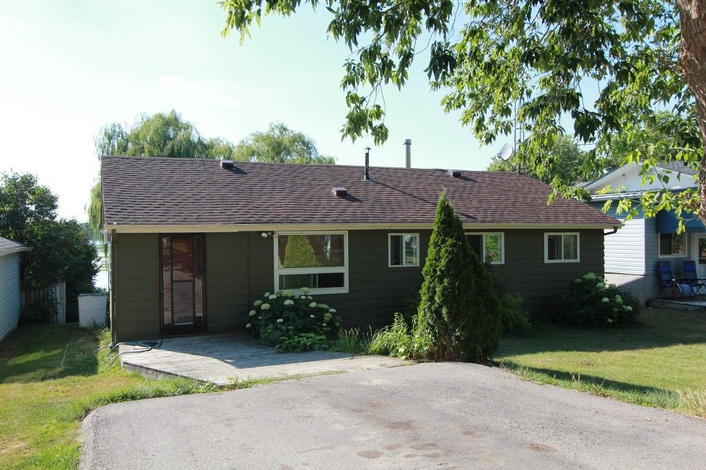 Main Photo: 278 Port Hoover Road in Kawartha Lakes: Little Britain Freehold for sale : MLS®# X3540102