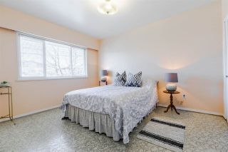 """Photo 18: 329 WOOD Street in New Westminster: Queensborough House for sale in """"Queensborough"""" : MLS®# R2571025"""
