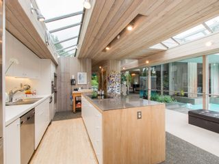 Photo 8: 6188 Balaclava Street in Vancouver: Kerrisdale Home for sale ()