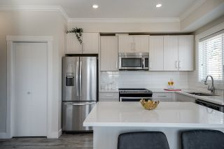 """Photo 9: 39 7247 140 Street in Surrey: East Newton Townhouse for sale in """"GREENWOOD TOWNHOMES"""" : MLS®# R2601103"""