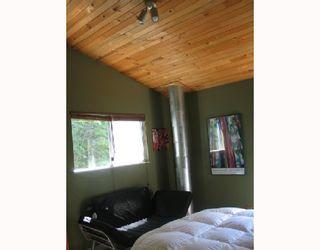 "Photo 10: 7652 SECHELT INLET Road in Sechelt: Sechelt District House for sale in ""TUWANEK"" (Sunshine Coast)  : MLS®# V715033"