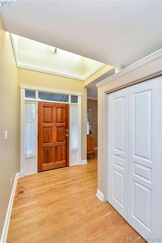Photo 16: 100 530 Marsett Pl in VICTORIA: SW Royal Oak Row/Townhouse for sale (Saanich West)  : MLS®# 766034