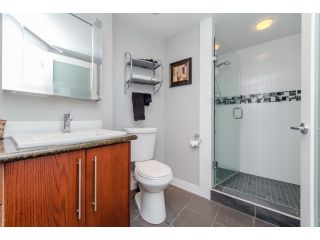 """Photo 16: 707 15111 RUSSELL Avenue: White Rock Condo for sale in """"PACIFIC TERRACE"""" (South Surrey White Rock)  : MLS®# R2074159"""