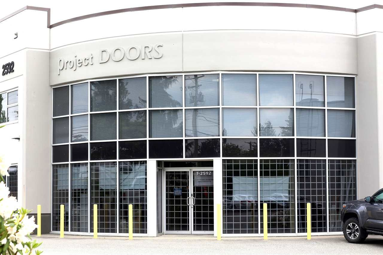 Main Photo: 1 2592 MT LEHMAN Road in Abbotsford: Poplar Industrial for sale : MLS®# C8025976