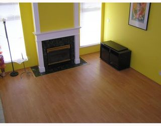 """Photo 3: 4 11888 MELLIS Drive in Richmond: East Cambie Townhouse for sale in """"PARC CAMELOT"""" : MLS®# V755364"""