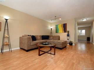 Photo 5: 103 2731 Claude Rd in VICTORIA: La Langford Proper Row/Townhouse for sale (Langford)  : MLS®# 793801