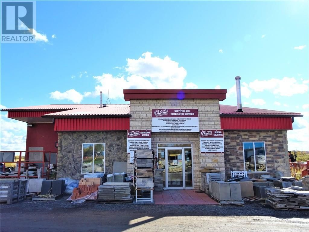 Main Photo: 2000 COUNTY ROAD 4 ROAD in L'Orignal: Business for sale : MLS®# 1213750
