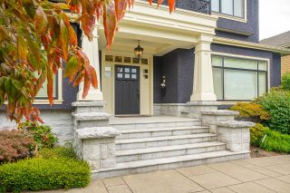 Photo 2: 5748 SELKIRK Street in Vancouver: South Granville House for sale (Vancouver West)  : MLS®# R2614296