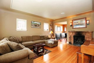 """Photo 3: 1702 7TH Avenue in New Westminster: West End NW House for sale in """"WEST END"""" : MLS®# V997003"""