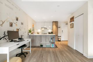 Photo 4: 305 379 E BROADWAY Street in Vancouver: Mount Pleasant VE Condo for sale (Vancouver East)  : MLS®# R2534103