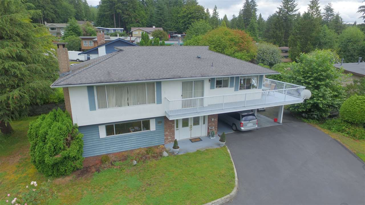 Main Photo: 546 BOURNEMOUTH Crescent in North Vancouver: Windsor Park NV House for sale : MLS®# R2089525