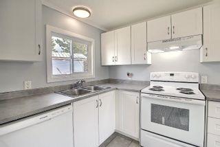 Photo 1: 24 QUARRY Crescent NW in Edmonton: Zone 42 Mobile for sale : MLS®# E4259643