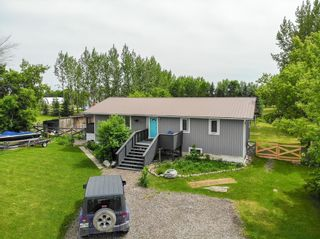 Photo 3: 28 Corrigan Avenue: Whitemouth Residential for sale (R18)  : MLS®# 202114601