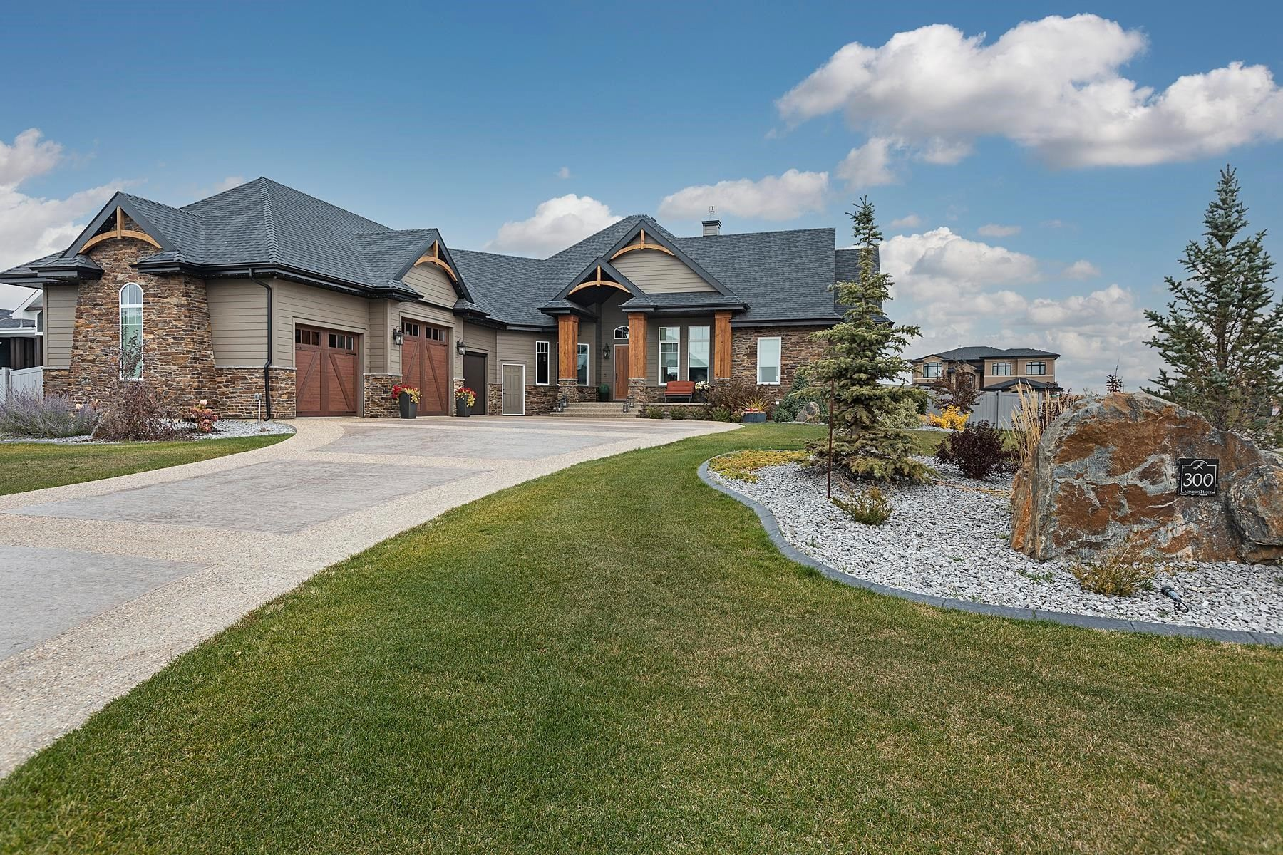 Main Photo: 300 52320 RGE RD 231: Rural Strathcona County House for sale : MLS®# E4265834
