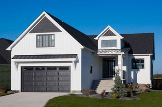 Photo 1: 5 Falcon Cove in St Adolphe: Tourond Creek Residential for sale (R07)  : MLS®# 202028156