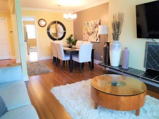 "Photo 7: 10640 ROSEBROOK Road in Richmond: South Arm 1/2 Duplex for sale in ""Montrose Estates"" : MLS®# R2566819"