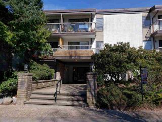 """Photo 1: 214 1515 E 5TH Avenue in Vancouver: Grandview Woodland Condo for sale in """"WOODLAND PLACE"""" (Vancouver East)  : MLS®# R2351988"""