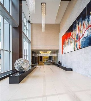 Photo 11: 386 Yonge St Unit #5711 in Toronto: Bay Street Corridor Condo for sale (Toronto C01)  : MLS®# C3611063