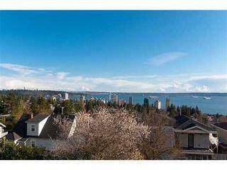 Photo 2: 2260 NELSON Ave: Dundarave Home for sale ()  : MLS®# V941893