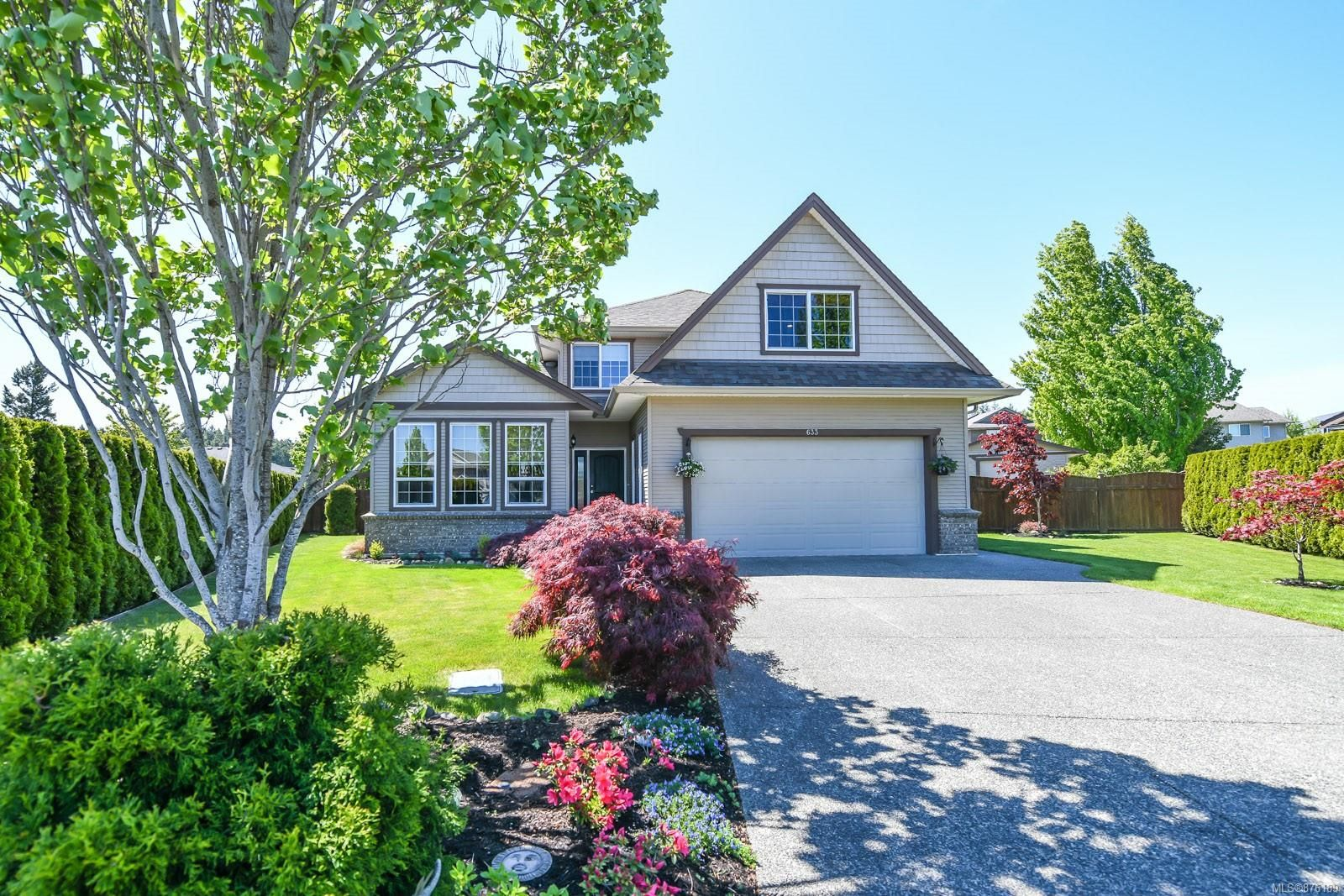 Main Photo: 633 Expeditor Pl in : CV Comox (Town of) House for sale (Comox Valley)  : MLS®# 876189