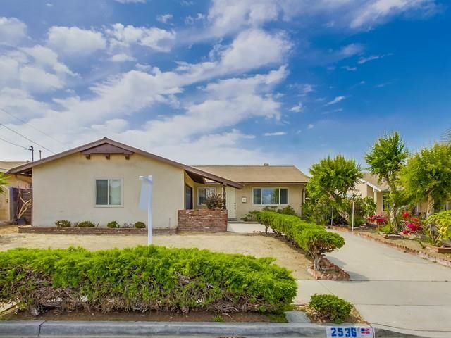 Main Photo: NATIONAL CITY House for sale : 3 bedrooms : 2536 E 2nd