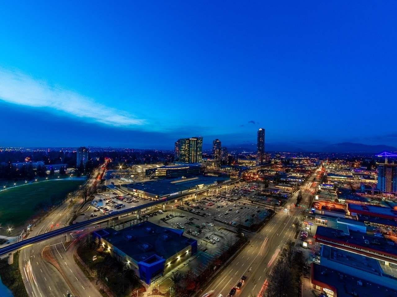 Main Photo: 2702 13618 100 Avenue in Surrey: Whalley Condo for sale (North Surrey)  : MLS®# R2543153
