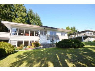 Photo 1: 480 GREENWAY AV in North Vancouver: Upper Delbrook House for sale : MLS®# V1003304