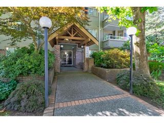 """Photo 1: 104 5565 INMAN Avenue in Burnaby: Central Park BS Condo for sale in """"AMBLE GREEN"""" (Burnaby South)  : MLS®# R2602480"""