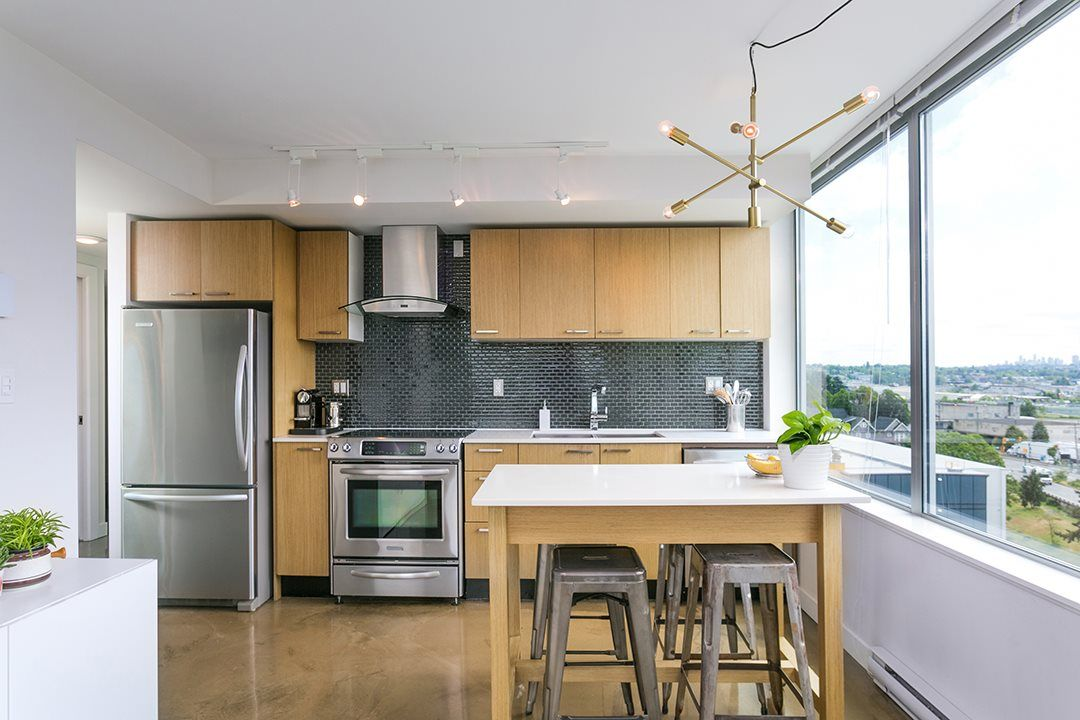 """Photo 7: Photos: 702 221 UNION Street in Vancouver: Strathcona Condo for sale in """"V6A"""" (Vancouver East)  : MLS®# R2372074"""