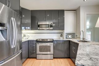 Photo 12: 3727 KERRYDALE Road SW in Calgary: Rutland Park Detached for sale : MLS®# C4220513